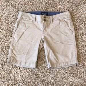 American eagle outfitters khaki Bermuda shorts